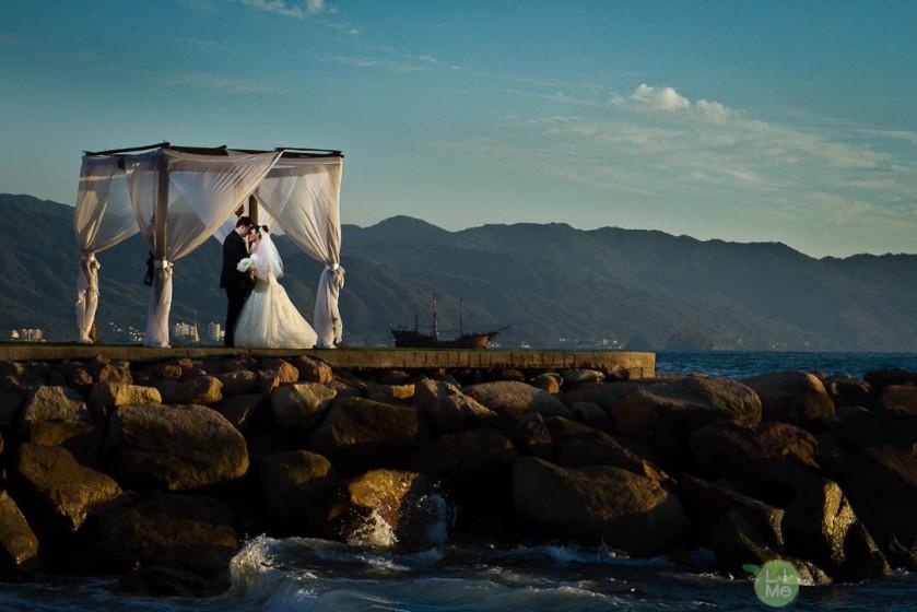 Lime Fotografia. Fotos de bodas y romance en Puerto Vallarta Zona Romántica wedding and lifestyle photography Puerto Vallarta Centro Romantic zone