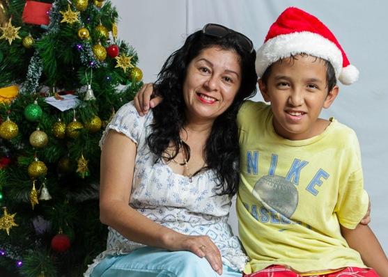 Retratos en Pasitos de Luz por Raúl Pérez Amézquita fotógrafo para LiMe fotografía en Puerto Vallarta