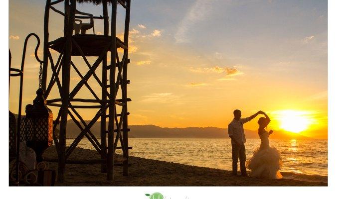 Pic of the week Puerto Vallarta Beach Wedding January2014
