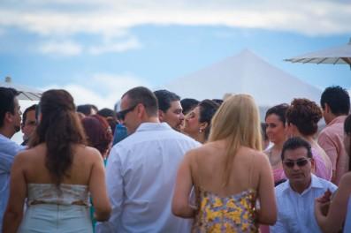 Puerto Vallarta beach wedding photography at Velas Resort by LiMe fotografia Raul Perez Amezquita