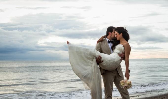 Edy + Fer: boda en playa del Velas Resort Puerto Vallarta x LiMe fotografía debodas