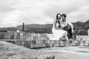 Puerto Vallarta beach wedding photography at La Mansion Puerto Vallarta by LiMe fotografia Raul Perez Amezquita black and white pictures