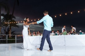 Puerto Vallarta beach wedding photography at La Mansion Puerto Vallarta by LiMe fotografia Raul Perez Amezquita first dance