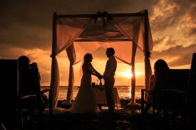 fotos bodas de playa La Palapa Puerto Vallarta beach wedding venues muelle Los Muertos Beach pier