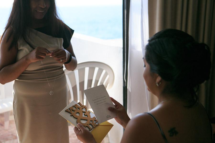 fotos bodas de playa Costa Sur resort Puerto Vallarta Mexico beach wedding venues