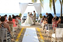 fotografia para boda de playa Puerto Vallarta Mexico beach wedding Costa Sur Resort beach front wedding venue