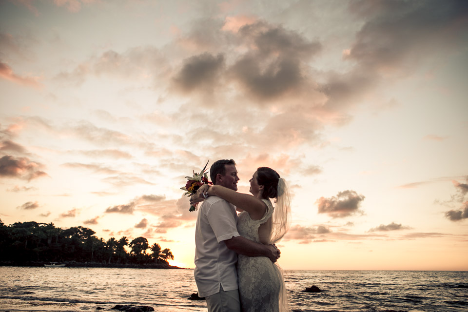 Intimate Beach Wedding in a hidden gem: Chacala,Nayarit.