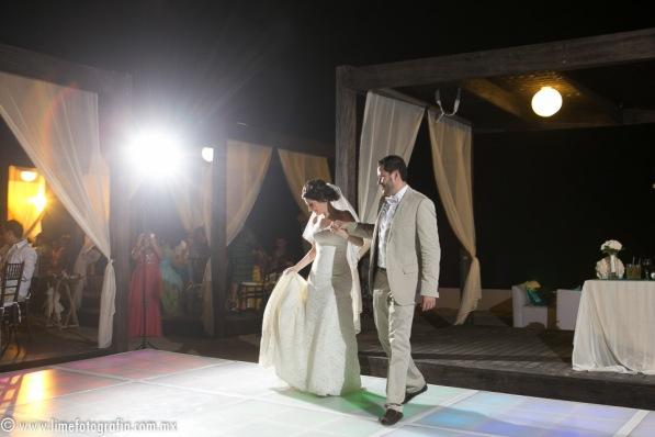LiMe fotografia de Bodas en Puerto Vallarta Beach Wedding photographer Westin resort L y J_1410252105