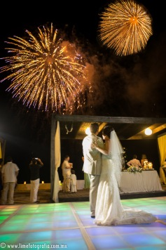 LiMe fotografia de Bodas en Puerto Vallarta Beach Wedding photographer Westin resort L y J_1410252116-2