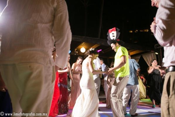 LiMe fotografia de Bodas en Puerto Vallarta Beach Wedding photographer Westin resort L y J_1410252232