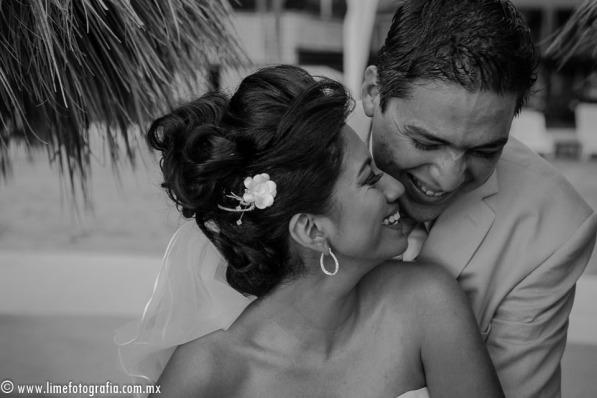 Lime Fotografia de boda en playa Puerto Vallarta Beach Wedding photography Club Regina_021415__Blanca+Carlos_1849-4
