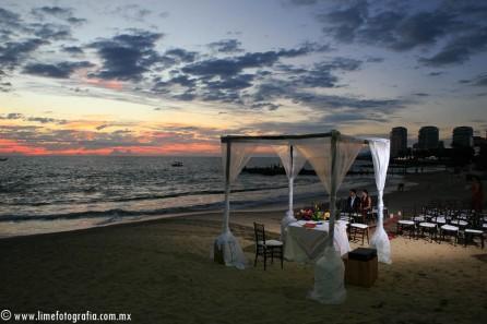 Lime Fotografia de boda en playa Puerto Vallarta Beach Wedding photography Club Regina_021415__Blanca+Carlos_1912