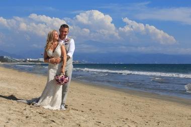 Villa del Palmar Flamingos Nuevo Vallarta Wedding Beach Photographer AM_1504181626