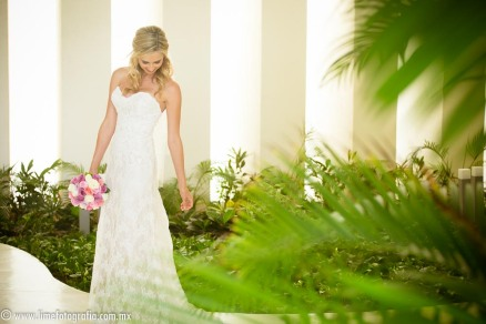 Hilton Puerto Vallarta Beach Wedding Pictures Hilton Puerto Vallarta Beach Wedding Pictures bride wedding dress bridal portrait