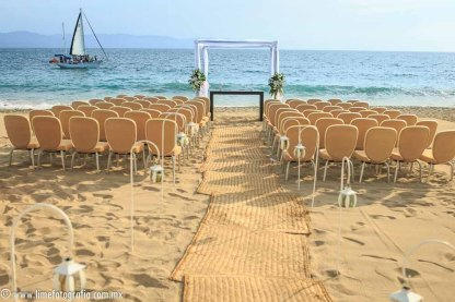 Fotos de boda en playa Hilton Puerto Vallarta All Inclusive Resort