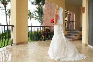Fotos de boda en Playa en Nuevo Vallarta, Riviera Nayarit. Lime fotografia fotógrafo profesional Hotel Villa del Palmar Vestido de Novia
