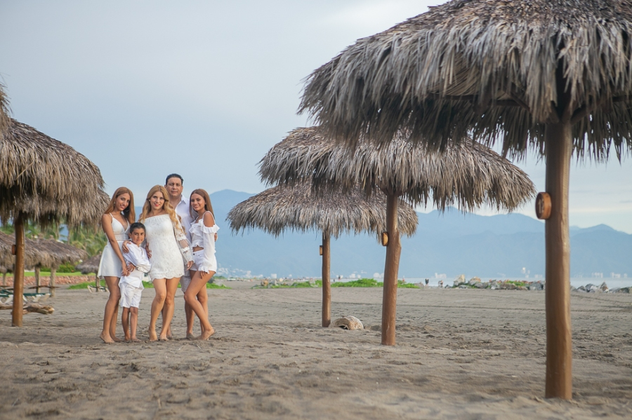 Beach family pictures Puerto Vallarta LiMe fotografia12